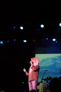 William Lee Golden singing