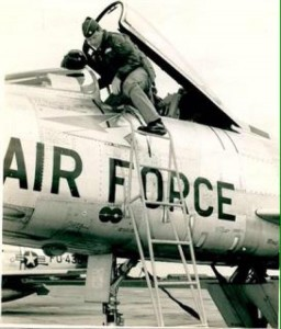 Chuck Yeager.F-100D
